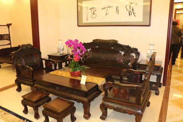 大红酸枝8件套沙发 黑料