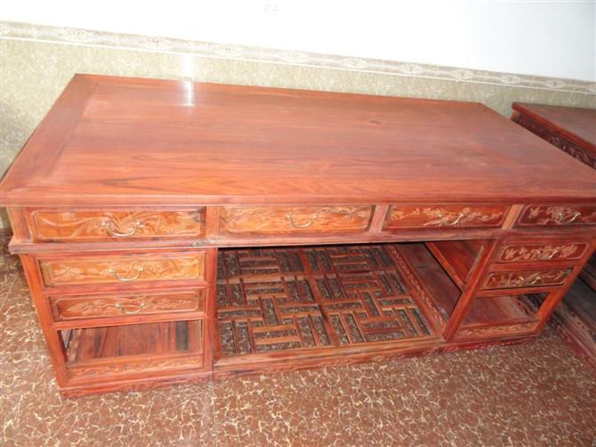 老挝大红酸枝办公桌 花鸟2米