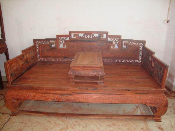 大红酸枝雕百子图罗汉床